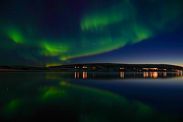 Northern lights (Aurora borealis) at Nordlenangen, Lyngen peninsula, Troms County, Norway, Scandinavia, Europe