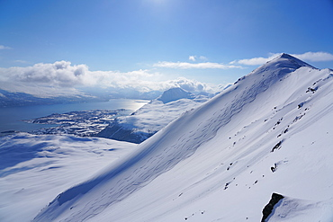 Lyngen Alps, Lyngseidet, Lyngen peninsula, Troms County, Norway, Scandinavia, Europe