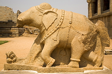 An elephant sculpture, with a broken trunk, adorns the royal Elephant Stables at Hampi, UNESCO World Heritage Site, Karnataka, India, Asia