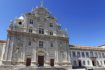 New Cathedral (Se Nova), formerly a Jesuit College, with Mannerist lower and Baroque facade, Coimbra, Beira Litoral, Portugal, Europe