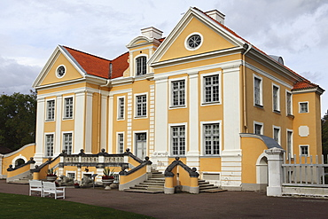 Palmse Manor, built by a Baltic German family, today part of the Museums of Virumaa Foundation, Lahemaa National Park, Estonia, Europe