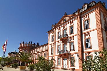 Biebrich Palace (Schloss Biebrich), built as a Baroque summer residence for the Duke of Nassau, in Wiesbaden, Hesse, Germany, Europe