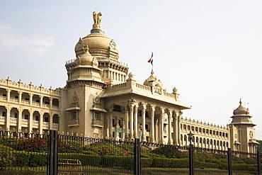The Indo-Saracenic style Vidhana Soudha (Karnataka State Legislative Assembly) in Bangalore, Karnataka, India, Asia