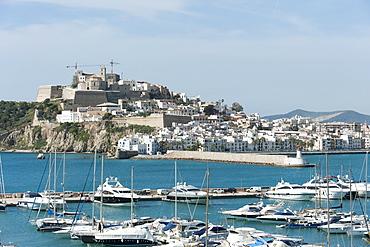 Cranes at Ibiza Castle and view of the boats, Ibiza port, Dalt Vila, Old Town, Ibiza, Balearic Islands, Spain, Mediterranean, Europe