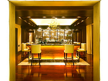 The bar of the Pezula resort in Knysna on the Garden Route, Western Cape, South Africa, Africa