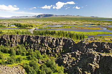 View across the rift valley marking the edge of the mid-Atlantic ridge, Thingvellir National Park, UNESCO World Heritage Site, southwest region, Iceland, Polar Regions