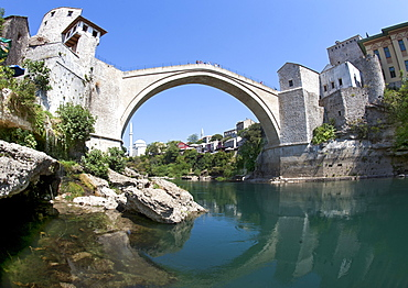 The Stari Most (Old Bridge) spanning the Neretva River in the Old City, UNESCO World Heritage Site, Mostar, Bosnia and Herzegovina, Europe