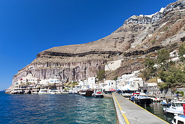 The old port of Fira on the Greek island of Santorini, Cyclades, Greek Islands, Greece, Europe