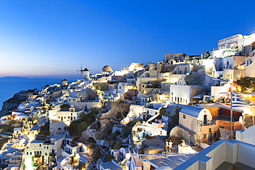 Houses of the village of Oia on the Greek island of Santorini, Cyclades, Greek Islands, Greece, Europe