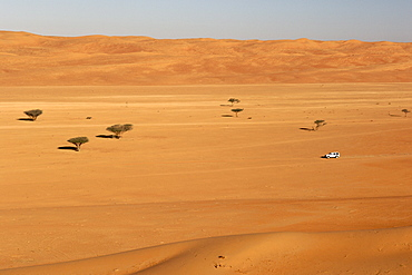 4X4 driving through Wahiba Sands (Ramlat al Wahaybah) in Oman.