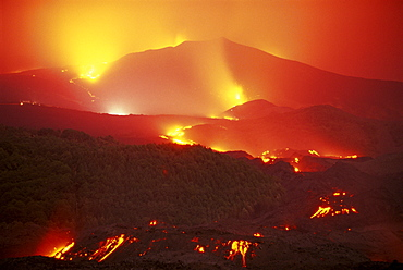 Lava flow from the Monti Calcarazzi fissure that threatened Nicolosi on the south flank of Mount Etna in 2001, the Piano del Lago cone destroyed the Sapienza cable car, Sicily, Italy, Europe