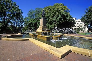 Fountain and statue of Governor Franklin, Franklin Square, Hobart, Tasmania, Australia, Pacific