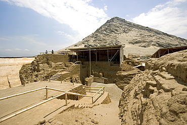 The peak of Cerro Blanco mountain and platforms at this adobe brick temple pyramid of the Moche people (100BC-AD850) in the desert north, Huaca de la Luna, Trujillo, Peru, South America