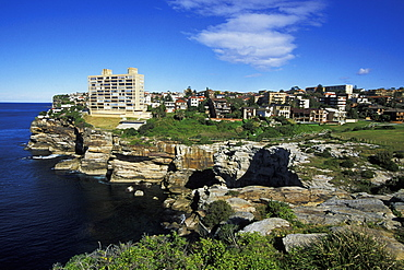 The Diamond Bay Reserve section of the Dover Heights to Vaucluse Cliff Walk, a very popular 3km coastal hike north of Bondi, Dover Heights, Eastern Suburbs, Sydney, New South Wales, Australia, Pacific