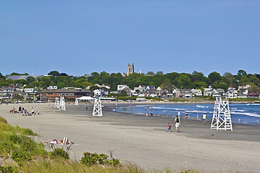 Easton's Beach, locally known as First Beach, the closest beach to the city, popular for swimming, surfing and sunbathing, Newport, Rhode Island, New England, United States of America, North America