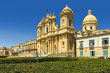 The 17th century Cathedral, collapsed in 1996 and rebuilt, at Noto, famed for Baroque architecture, UNESCO World Heritage Site, Noto, Sicily, Italy, Mediterranean, Europe
