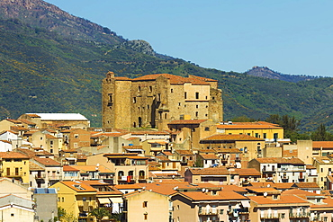 Arab-Norman castle dating from 1316 that gives this town near Cefalu its name of Good Castle (Castelbuono), Palermo Province, Sicily, Italy, Mediterranean, Europe