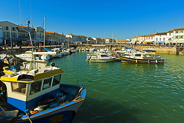Fishing boats and yachts in the quays at this north coast town, Saint Martin de Re, Ile de Re, Charente-Maritime, France, Europe