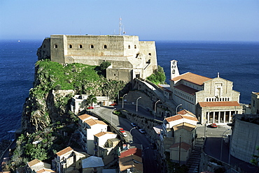 Headland on the Straits of Messina, famous for the six-headed monster in Homer's Odyssey, Scilla, Calabria, Italy, Europe