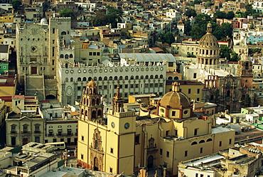 The Basilicata (1693) and the University (beyond), Guanajuato, capital of Guanajuato State, Central Mexico, Central America