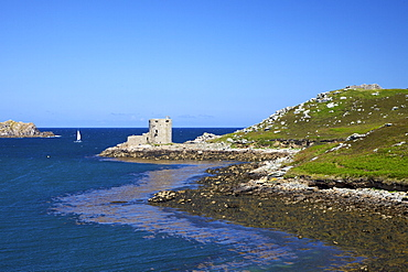 Cromwell's Castle, Island of Tresco, Isles of Scilly, England, United Kingdom, Europe