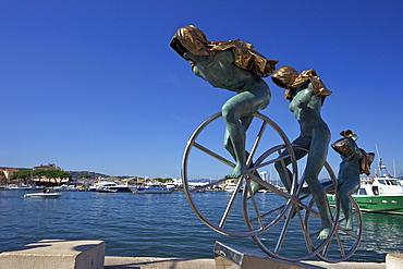 Sisyphus sculpture, by Anna Chromy, seafront, St. Tropez, Var, Provence, Cote d'Azur, France, Mediterranean, Europe