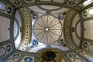Cupola, Pazzi Chapel, designed by Brunelleschi, Santa Croce church, Florence, UNESCO World Heritage Site, Tuscany, Italy, Europe