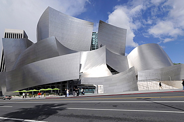 Walt Disney Concert Hall by Frank Gehry, Los Angeles, California, USA