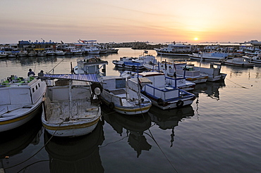 Harbour view of the Crusader city of Tartus, Tartous, Syria, Middle East, West Asia
