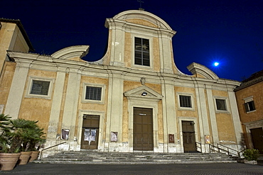 Church San Francesco a Ripa, by night, facade by Mattia De Rossi, 1681 - 85, Trastevere, Rome, Latium, Italy, Europe