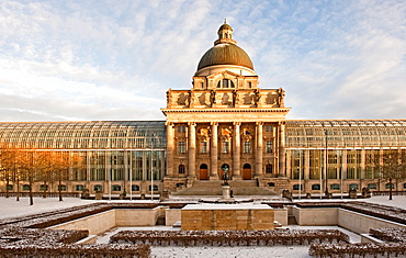 Bavarian State Chancellery at the Court Garden, with the central part of the Bavarian army museum building and its dome integrated that was destroyed during the Second World War, Munich, Bavaria, Germany, Europe