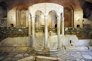 Crypt, remains of Roman baths from the 4th century, interior, Church of Saint Demetrius or Hagios Demetrio, Thessaloniki, Chalkidiki, Macedonia, Greece, Europe