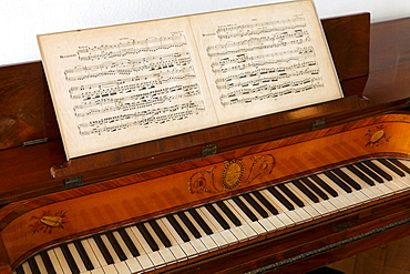 Table piano from the 19th century, with sheet music, Koekkoek-Haus museum, Kleve, Niederrhein region, North Rhine-Westphalia, Germany, Europe