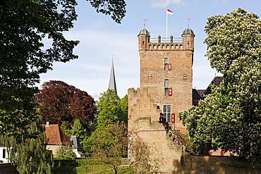 Huis Bergh castle, romantic moated castle, 's-Heerenberg, Gelderland, Lower Rhine region, Netherlands, Europe