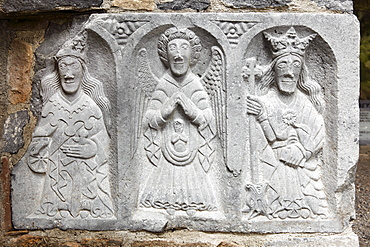 Group of figures called The Weepers in the northern transept, Jerpoint Abbey, County Kilkenny, Republic of Ireland, British Isles, Europe