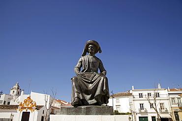 Memorial to Henry the Navigator, Infante D. Henrique, on the Praca da Republica in Lagos, Algarve, Portugal, Europe