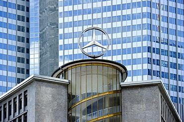 Mercedes star, former car park at the Kaiserplatz, facade of the European Central Bank ECB, Financial District, Frankfurt am Main, Hesse, Germany, Europe