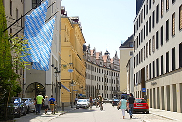 Sparkassenstrasse street in the city center, blue and white flags of Bavaria, historic centre, Munich, Upper Bavaria, Germany, Europe
