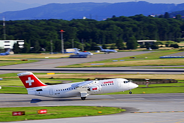 Avro Jet RJ100 from Swiss during take-off, Zurich Airport, Switzerland, Europe