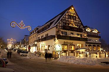 Hessenhof Hotel, Am Waltenberg, winter market, Winterberg, Sauerland region, North Rhine-Westphalia, Germany, Europe