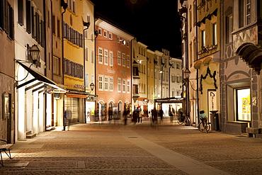 City street at night, Bruneck, Pustertal valley, Val Pusteria, Alto Adige, Italy, Europe