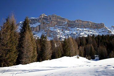 Mt. Heiligkreuzkofel, 2908m, Fanes mountains, Fanes-Sennes-Prags Nature Park, Val Badia, Alta Badia, Dolomites, South Tyrol, Italy, Europe