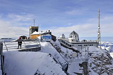 Mt. Zugspitze, 2962m, summit station, summit house, Wettersteingebirge mountains, Upper Bavaria, Germany, Europe