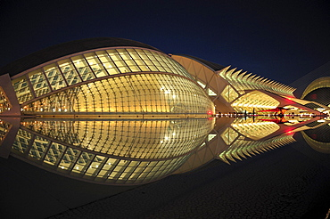 L'Hemisferic, Imax cinema and planetarium, in the Ciudad de las Artes y las Ciencias, City of Arts and Sciences, designed by Spanish architect Santiago Calatrava, Valencia, Comunidad Valenciana, Spain, Europe