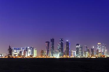 Skyline of Doha, West Bay District, Doha, Qatar Peninsula, Arabian, Persian Gulf, Middle East, Asia