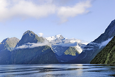 Mount Kimberley, Milford Sound, Fiordland National Park, South Island, New Zealand