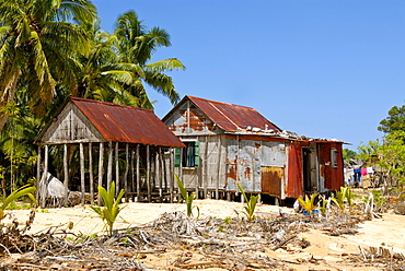 Lonely huts on a secluded beach, Isle Saint Marie, Madagascar, Africa