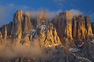 Mount Latemar at dusk, South Tyrol, Trentino-Alto Adige, Italy, Europe