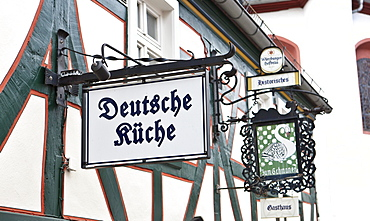 Restaurant with German cuisine, Idstein, German Half-Timbered House Road, Rheingau-Taunus-Kreis district, Hesse, Germany, Europe