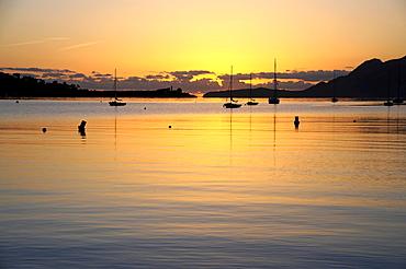 Sunrise, boats in the bay of Puerto de Pollensa, Port de Pollenca, Majorca, Balearic Islands, Mediterranean Sea, Spain, Europe